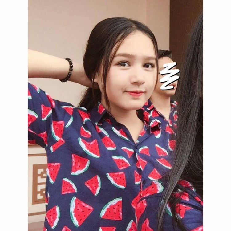 10X có vẻ đẹp lai Tây gây chú ý trên mạng xã hội khẳng định mình thuần Việt 100%