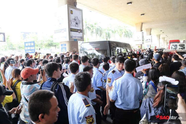 HOT: 4 cô nàng T-ara đã đáp xuống sân bay Việt Nam rồi đây
