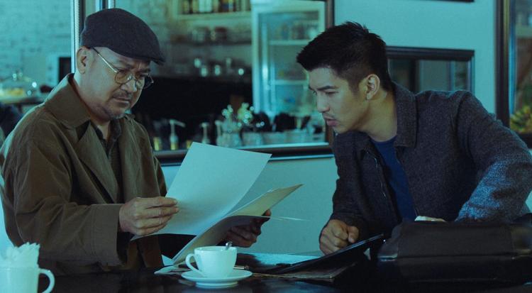 2 nhân vật đứng sau ca phẫu thuật cắt đổi đầu người trong phim Lôi Báo của Victor Vũ