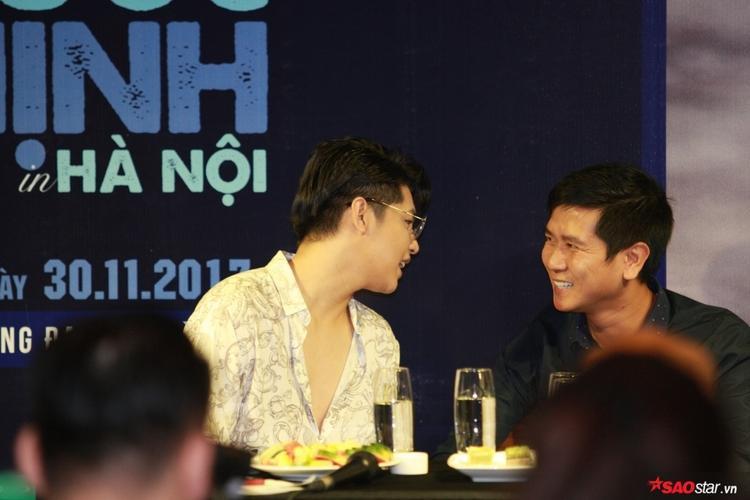 Noo Phước Thịnh và nhạc sĩ Hồ Hoài Anh - tổng đạo diễn đêm nhạc.