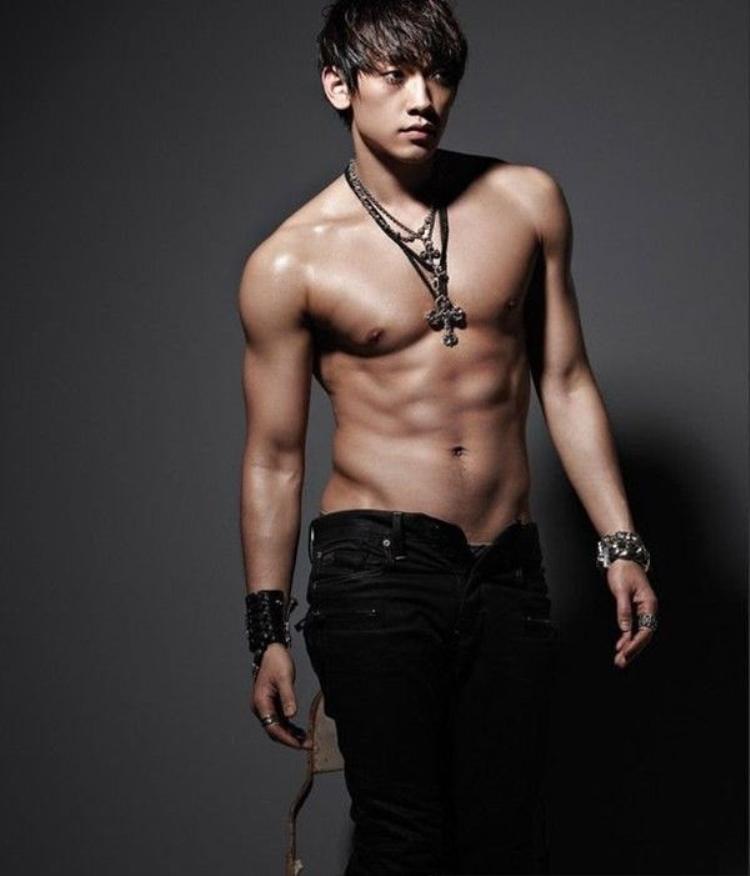 Rain ấn định ngày trở lại đường đua âm nhạc sau khi kết hôn cùng Kim Tae Hee