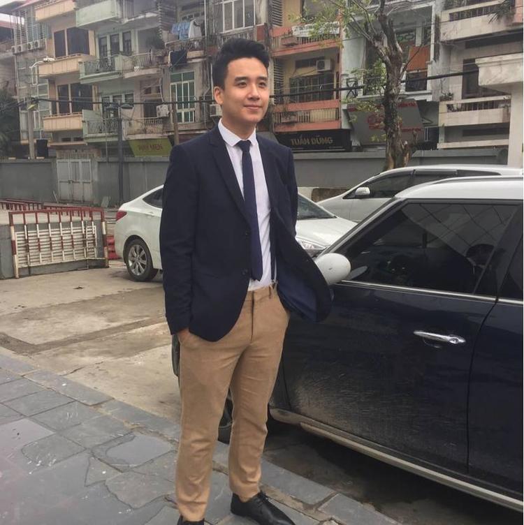 Giảng viên đại học siêu đẹp trai và có gu ăn mặc khiến sinh viên phát cuồng