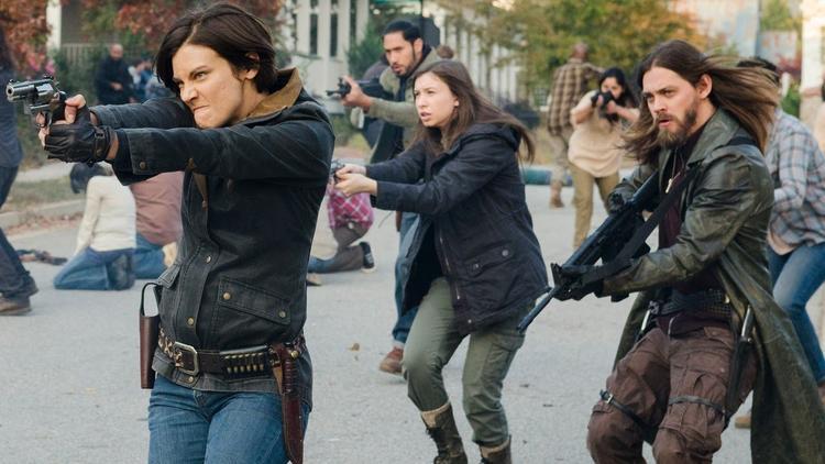 """Cuộc chiến của các phe phái trong """"The Walking Dead"""" ngày càng lan rộng"""