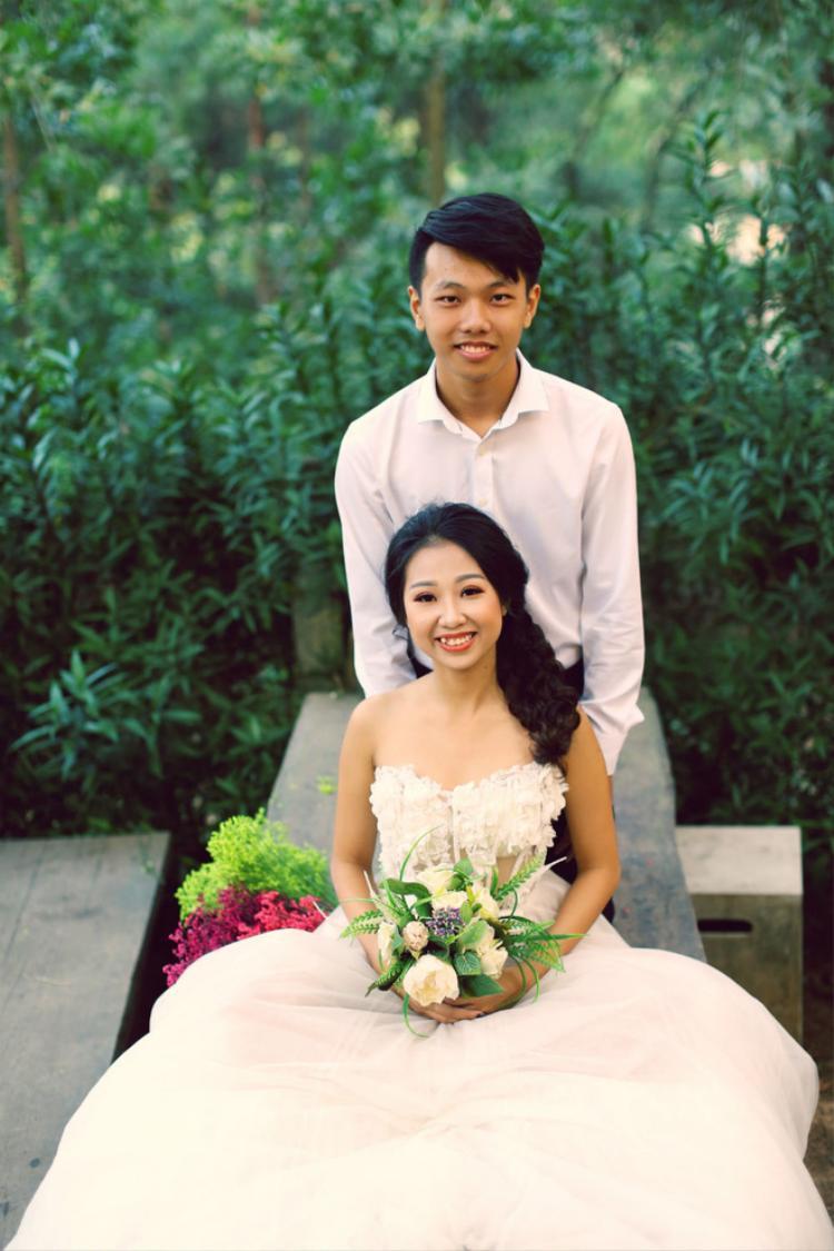 Em trai cô dâu.
