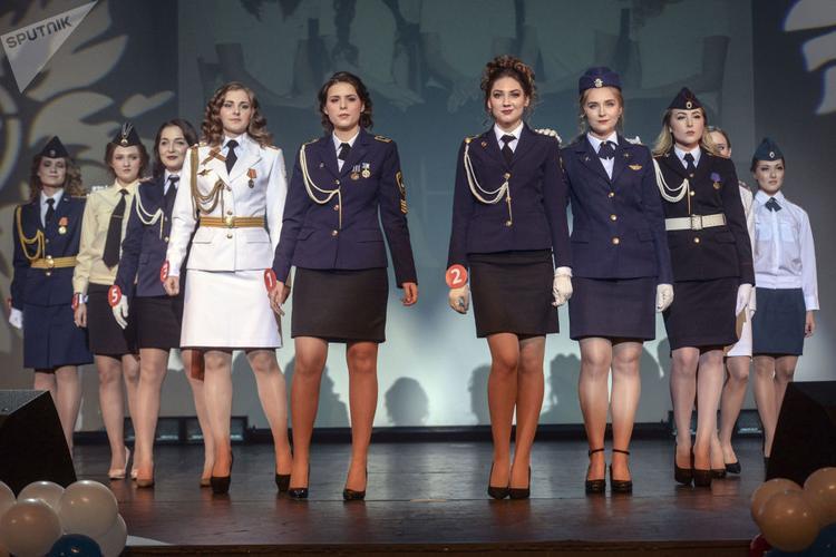 """Đây là lý do vì sao trang mạng Wonderslist bình chọn Nga thuộc danh sách """"10 quân đội có nữ binh sĩ đẹp nhất thế giới""""."""