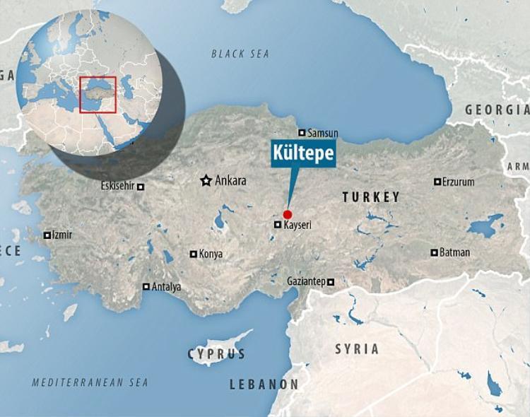 Quận Kültepe của Thổ Nhĩ Kỳ, nơi phát hiện ra bản hợp đồng trên, từng là khu vực định cư của Đế chế Old Assyrian từ thế kỷ 21 đến 18 trước Công nguyên.