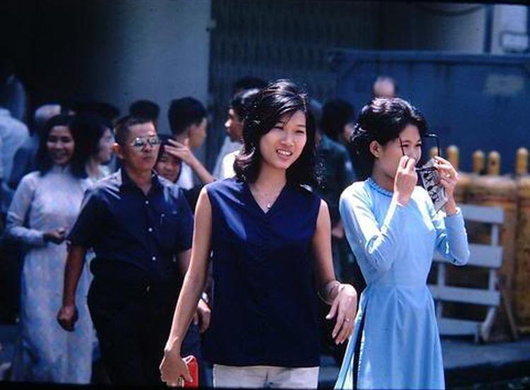 Đây chính là nguồn cảm hứng của bộ phim thời trang Cô Ba Sài Gòn