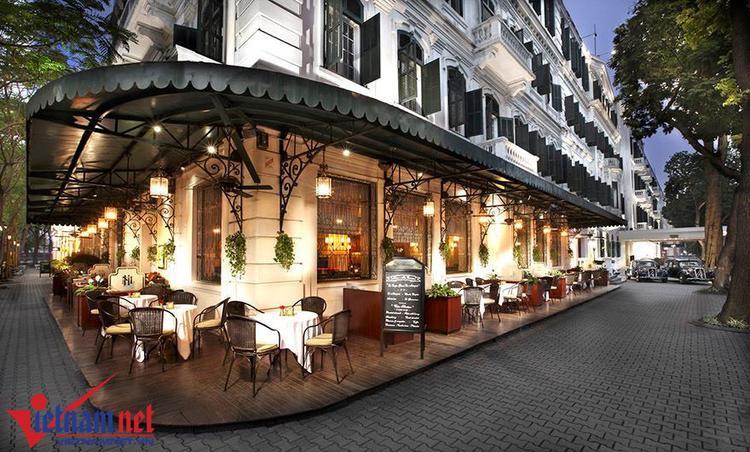 Được xây dựng từ năm 1901, Metropole là một biểu tượng của kiến trúc, một phần quan trọng trong lịch sử thăng trầm của Hà Nội.