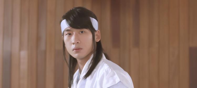 Tập 2 Thiên Ý: Hotboy Tuấn Trần ngớ ngẩn vì không biết xài WC, Hari Won  BB Trần có 101 sắc thái