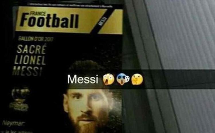 Bức ảnh rò rỉ trên mạng về việc Messi sẽ đoạt Quả Bóng Vàng 2017.