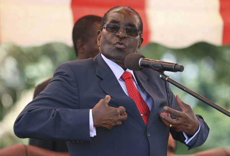 Tổng thốngZimbabwe Robert Mugabe sinh ngày 21/2/1924. Ông đã giữ cương vị tổng thống từ năm 1987 và trước đó từng đảm nhiệm chức vụ thủ tướng suốt 8 năm. Chừng ấy thời gian ông nắm quyền cũng là lúc nền kinh tếZimbabwe lao dốc không phanh.