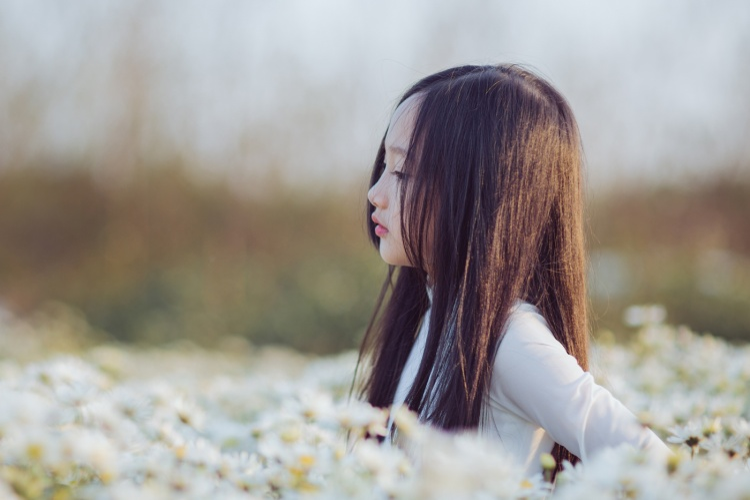 Nhiều người nhận ra cô bé có hao hao diễn viên Châu Tấn - (Ảnh Lã Anh).