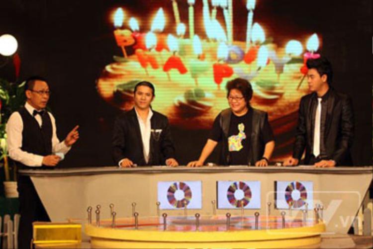 MC Lại Văn Sâm trong chương trình Chiếc nón kỳ diệu những ngày đầu.