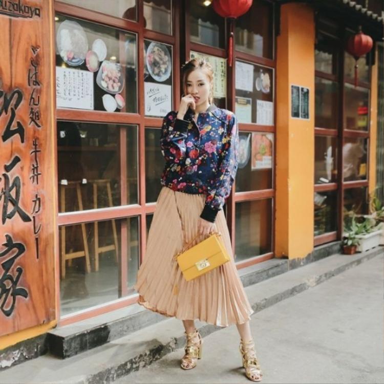 Bắt nhịp xu hướng hoa lá đến từ H&M - Erden.