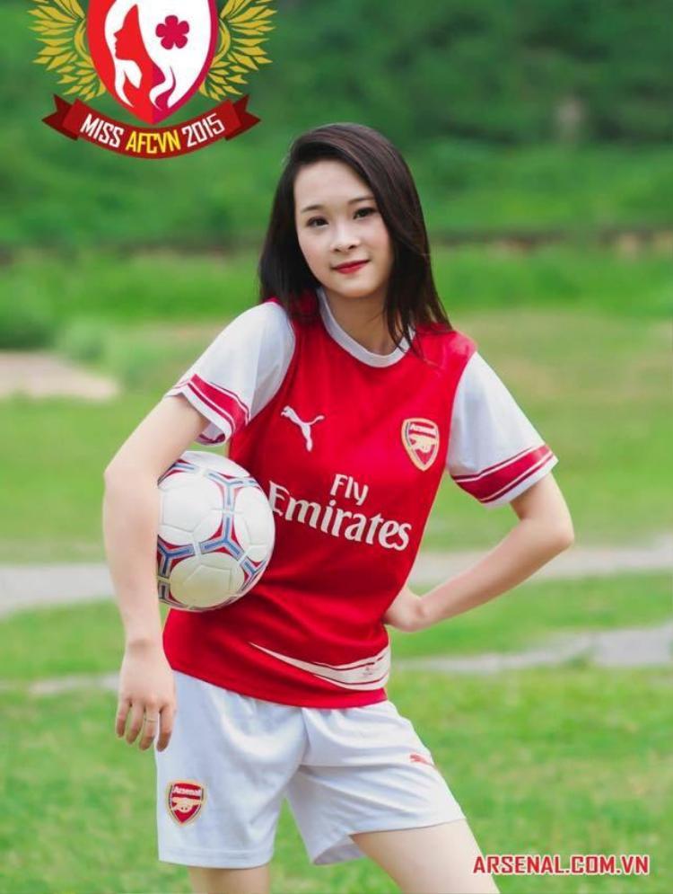 Bóng hồng Arsenal Việt 'tiếp lửa' cho pháo thủ trước đại chiến với Tottenham