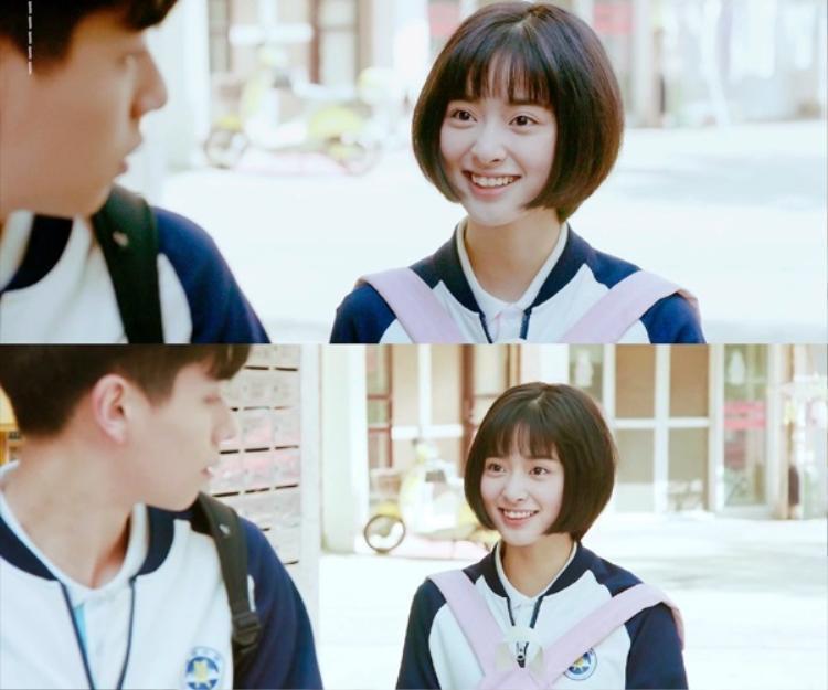 """Gương mặt rạng rỡ của Tiểu Hy khi được """"crush"""" chờ!"""