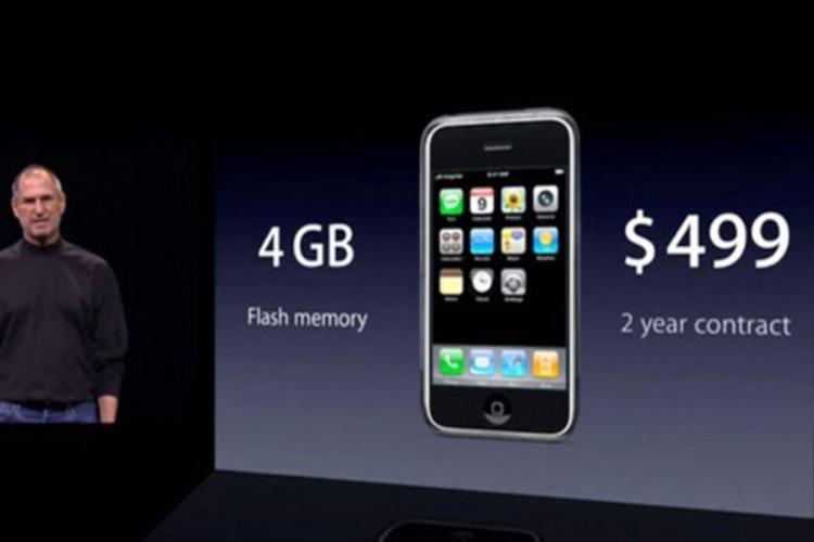 iPhone đời đầu có giá lên tới 499 USD cho phiên bản chỉ có 4 GB bộ nhớ trong.