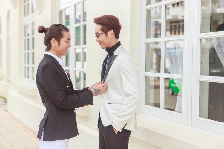 Tập 3 Thiên Ý: Sự mở đầu cho mối tình đam mỹ ý nhị của BB Trần và Tuấn Trần?