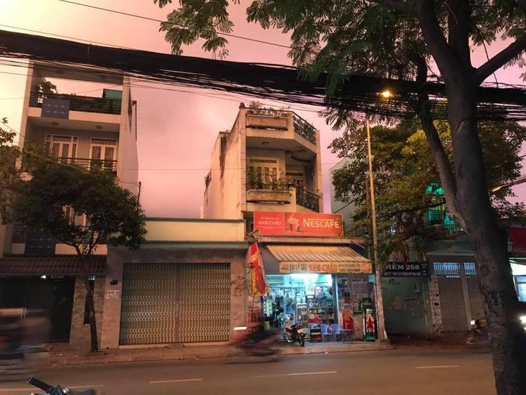 Sài Gòn lúc 17h40. Ảnh: Đỗ Khánh Ly