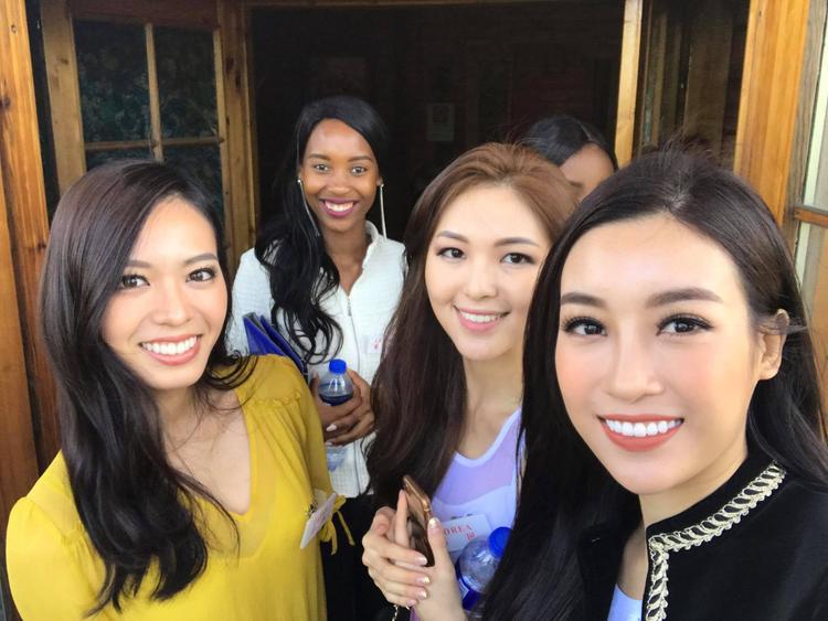Trượt top 15 nhưng Đỗ Mỹ Linh vẫn có hành trình ấn tượng với chiến thắng lịch sử tại Miss World 2017.