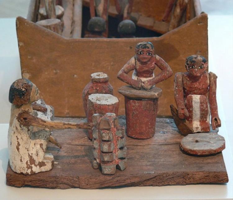 Họ đã sử dụng bia từ thời xây kim tự tháp.