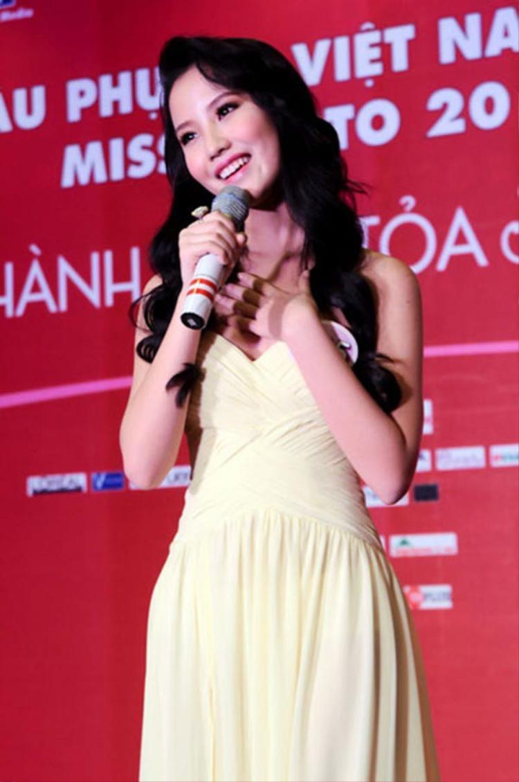 Những hình ảnh của cô xuyên suốt cuộc thi