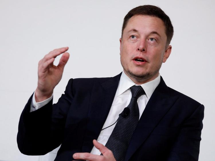 Tỷ phúElon Musk.