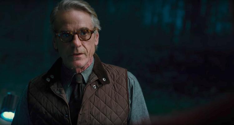 10 cảnh lớn của Justice League vắng bóng khiến đây là phim siêu anh hùng bị cắt xén nhiều nhất từ trước đến nay