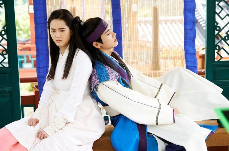 Nam phụ Ji Dwi có tình yêu chân thành và mãnh liệt chẳng kém gì nam chính.