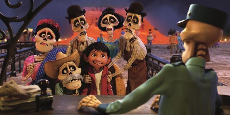 Miguel và họ hàng đã khuất của mình