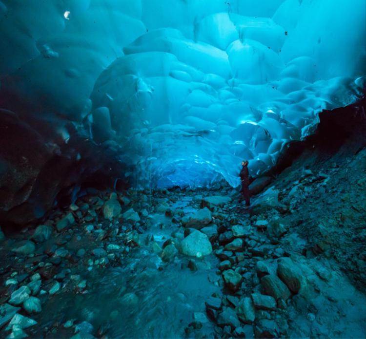 Đây là một địa điểm thu hút rất nhiều khách du lịch tới thám hiểm.