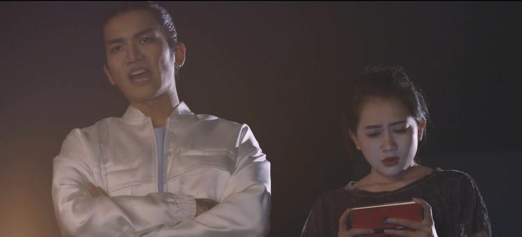 Tập 4 Thiên Ý: Hết BB Trần đến lượt Kim Nhã thả dê trai đẹp  Hari Won bị fan tẩy chay, ném đồ lên sân khấu