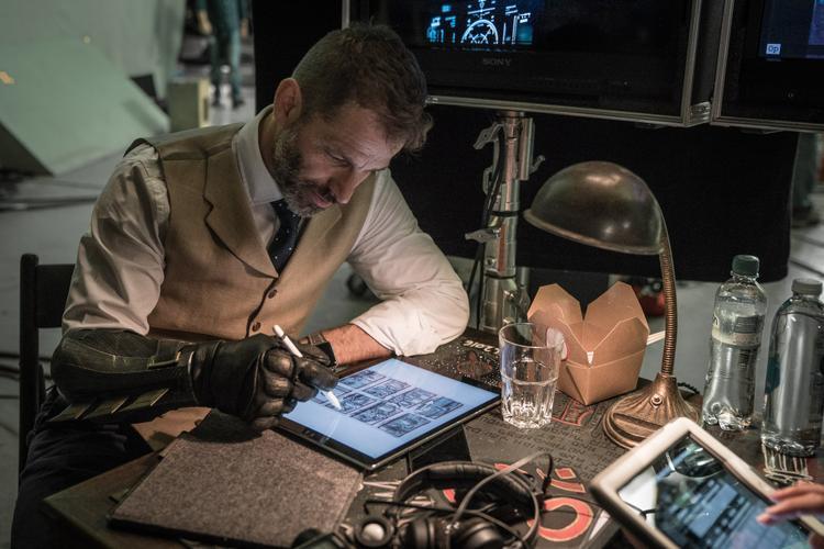 Hé lộ nhân vật phản diện mới từ 2 đoạn after-credit của Justice League: Liên minh Công lý'