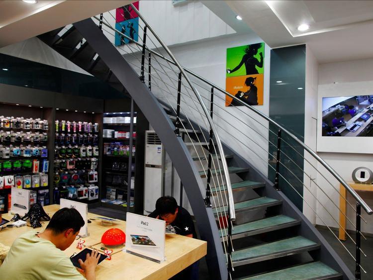 Những Apple Store giả ở thành phố này cũng mọc lên như nấm.
