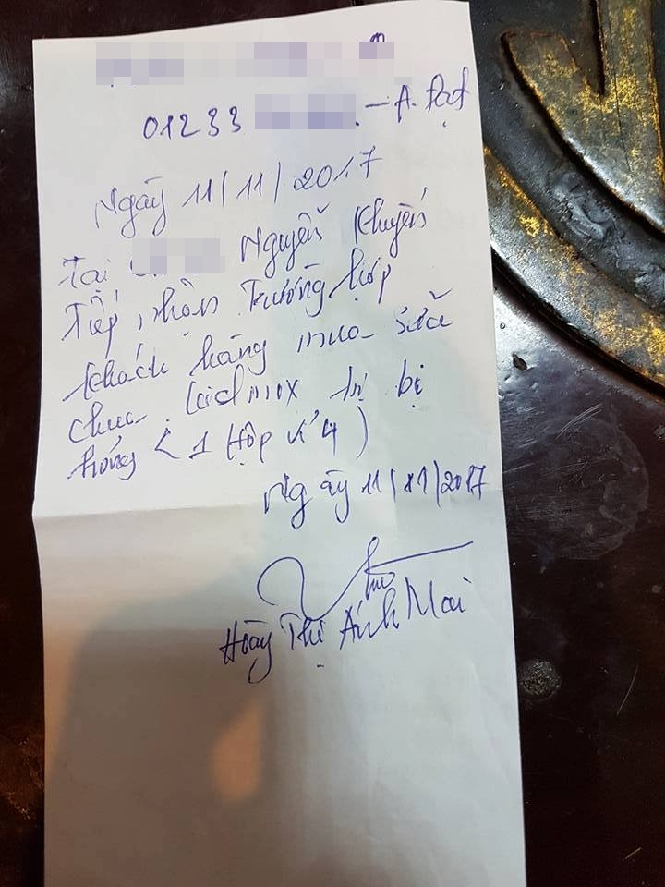 Giấy viết tay ghi lại việc tiếp nhận vụ việc.