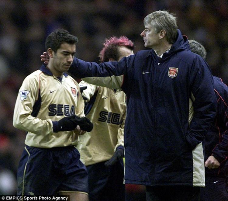 Tiến cử người kế nhiệm, Wenger sắp chia tay Arsenal?