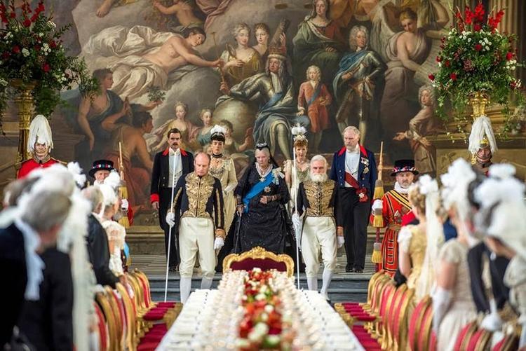 Buổi lễ hoành tráng kỷ niệm 50 năm đăng quang của Nữ hoàng Victoria đã được tái hiện lại một cách chân thực và sống động trong Victoria & Abdul: Nữ Hoàng & Tri Kỷ.