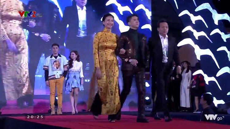 Ngô Thanh Vân, S.T. và đạo diễn Trần Bửu Lộc. Phía sau là Will và Kaity.