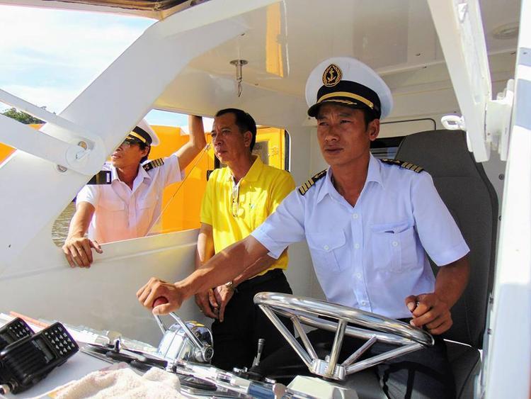 Tàu trưởng buýt đường sông số 2 Đinh Giáp chia sẻ, tàu được sử dụng nhiên liệu sạch rất thân thiện với môi trường.