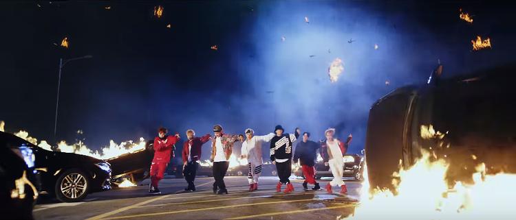 Chẳng cần rầm rộ, MIC Drop của BTS vẫn nghiễm nhiên lập thành tích khủng mọi mặt trận