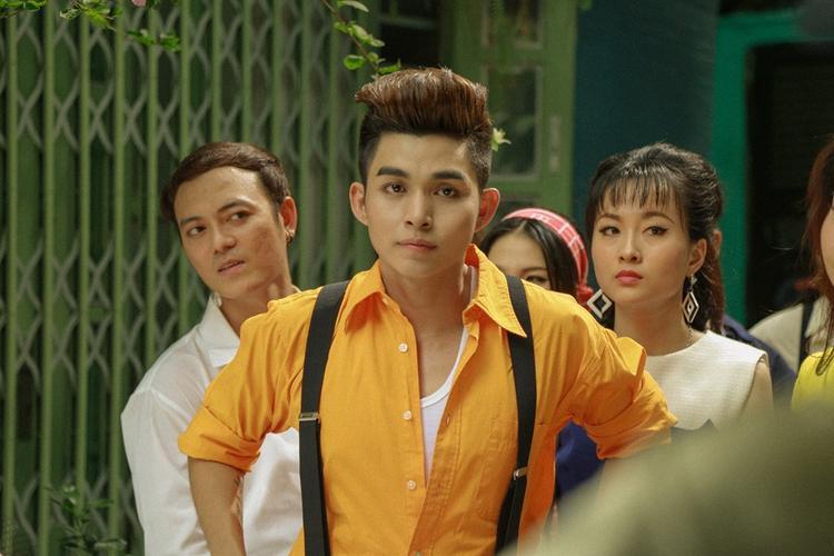 Jun Phạm  Diễm My 9x bất đồng quan điểm về tình yêu, chân dài  đại gia và có nên quen người cùng trong showbiz?