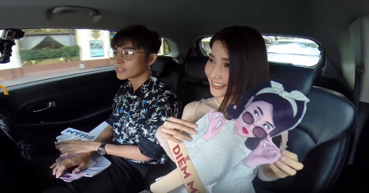 Jun Phạm và Diễm My trong buổi phỏng vấn Saostar Quá giang.