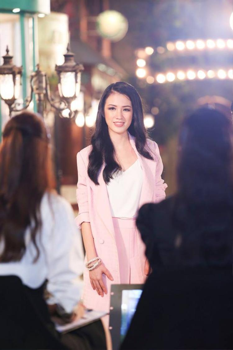 Người đẹp Ngoại thương tiếp tục có chiến thắng tại HHHV Việt Nam 2017