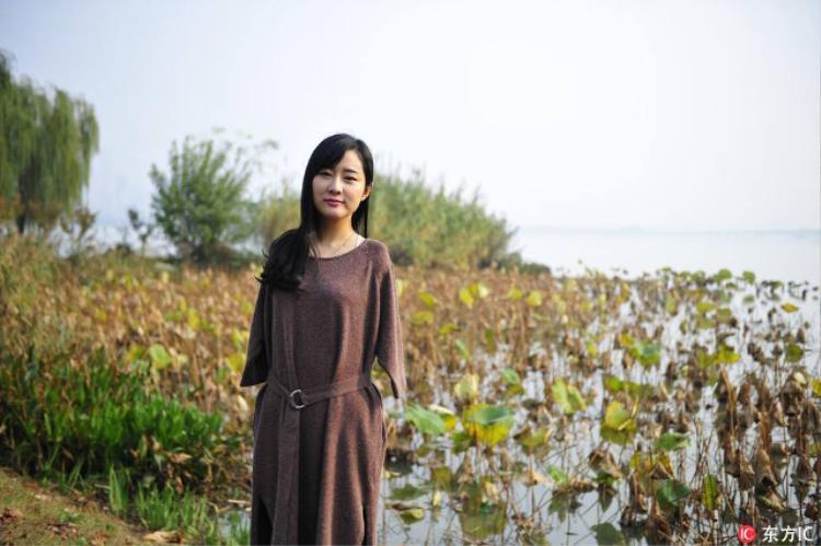 Yang Li vĩnh viễn mất đi đôi tay khi mới chỉ bốn tuổi.
