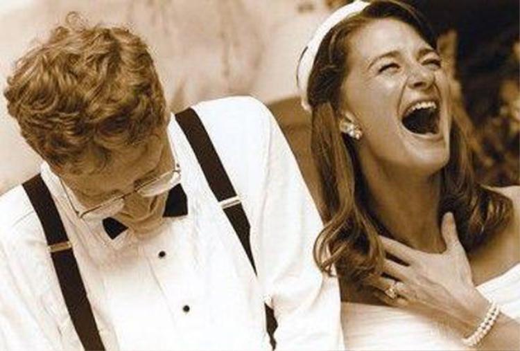 Cặp đôi kết hôn vào năm 1994 sau 7 năm hẹn hò.