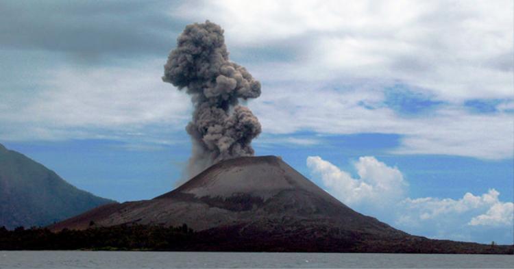 Vụ phun trào núi lửa Krakatoa vào năm 1883 đã khiến khoảng 36.000 người thiệt mạng.