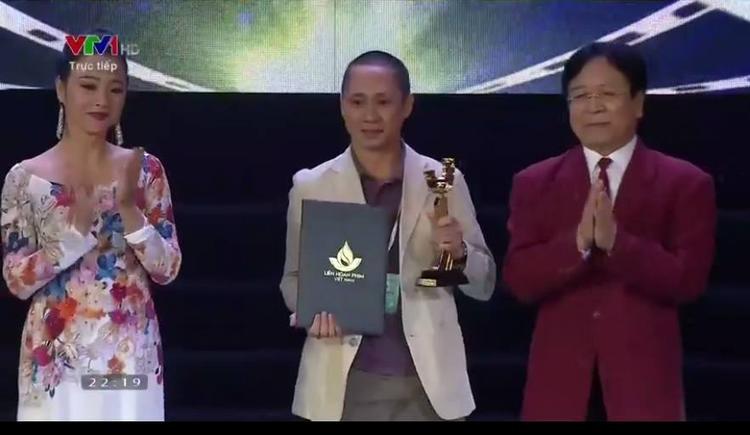Bom tấn 170 tỷ Em chưa 18 giành giải Bông sen vàng và Nữ chính xuất sắc nhất