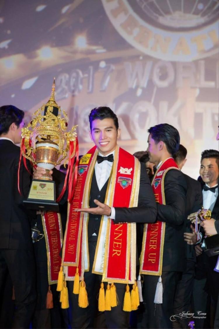 Ngọc Tình tại cuộc thi Nam vương Quốc tế vừa qua.