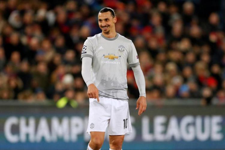 """Ibrahimovic thường xuyên được sử dụng trong vai trò """"số 10"""" ở những trận gần đây."""