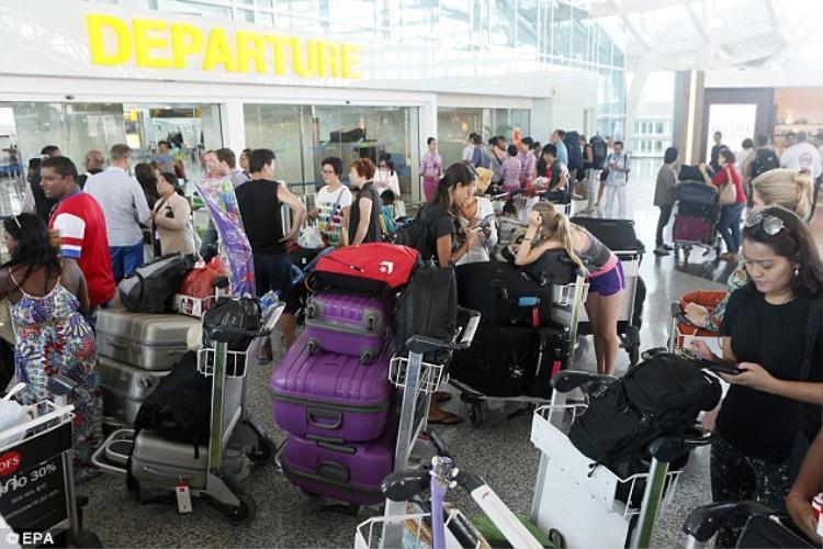 Sân bay Bali mở cửa trở lại, 24 người Việt có thể rời khỏi thành phố này